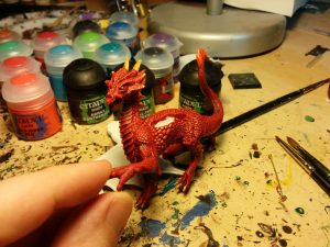 Highlights added to the scales, and some additional details done.  Starting to look a bit draconic!